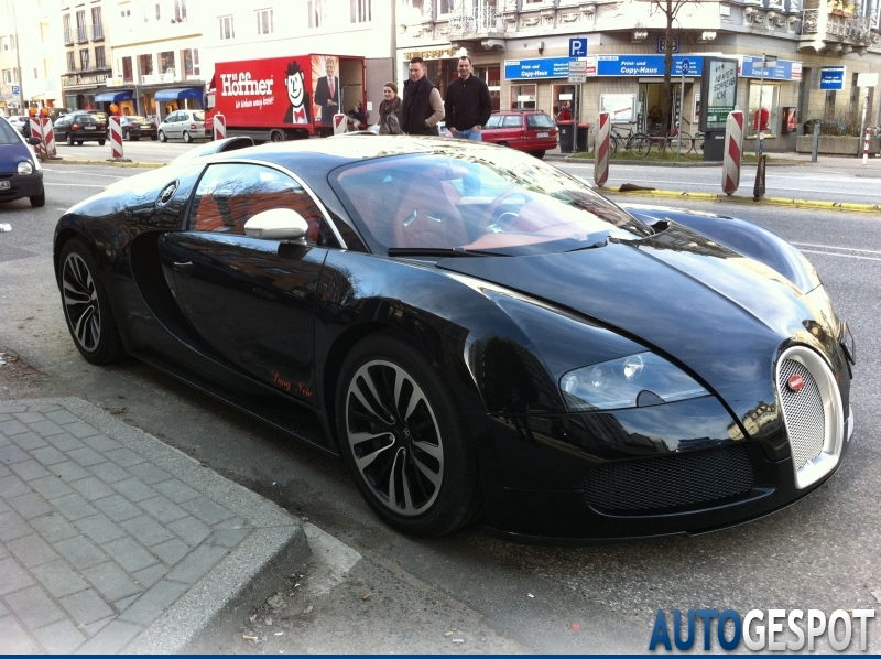 bugatti veyron 16 4 sang noir 24 mrz 2011 autogespot. Black Bedroom Furniture Sets. Home Design Ideas