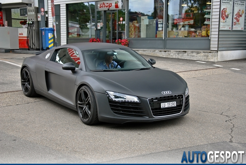 Audi r8 spyder black