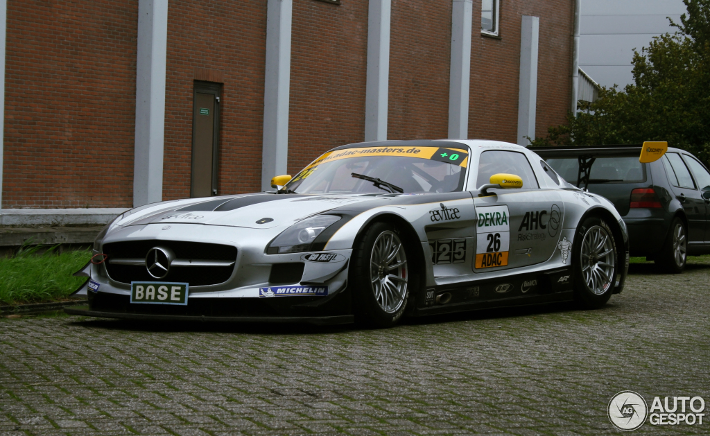 mercedes benz sls amg gt3 17 november 2011 autogespot. Black Bedroom Furniture Sets. Home Design Ideas
