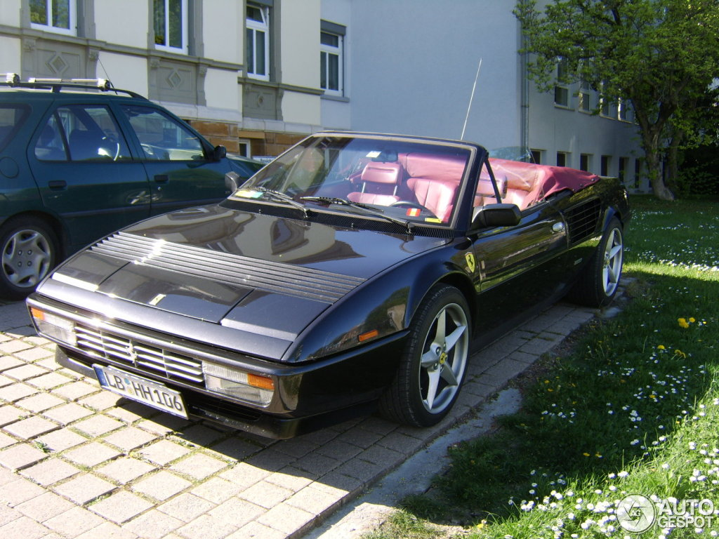 ferrari mondial 3 2 usata sold ferrari mondial coup 3 2 del used cars for sale autouncle. Black Bedroom Furniture Sets. Home Design Ideas