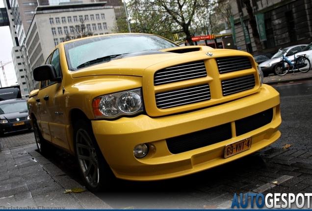 Dodge RAM SRT-10 Quad-Cab Yellow Fever Edition