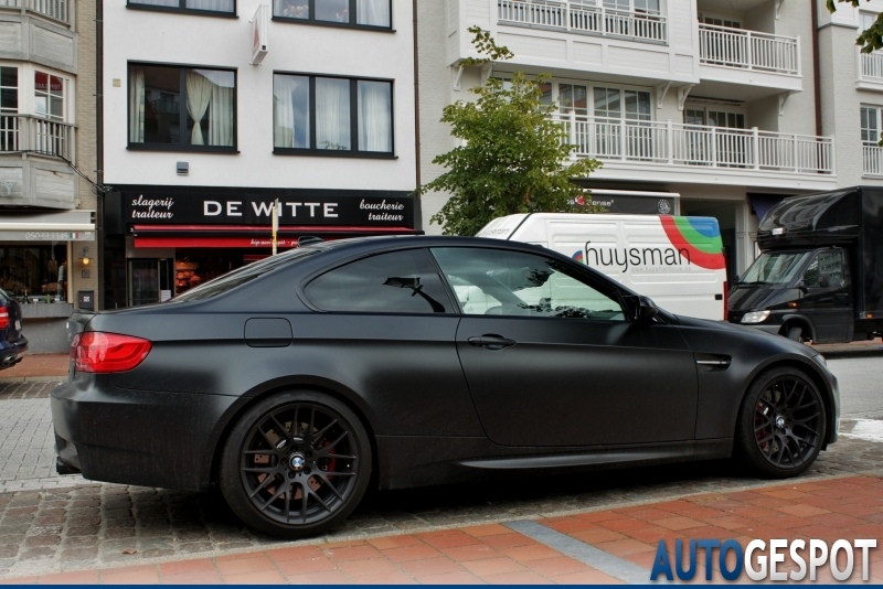 Bmw m3 e92 coup frozen black edition 8 juillet 2011 for Bmw nasa garage juillet niort