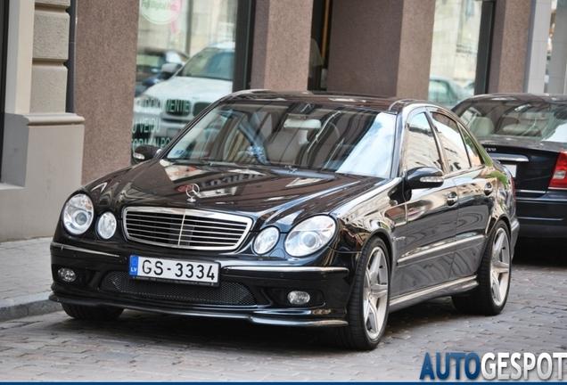 Mercedes-Benz E 55 AMG PP Performance