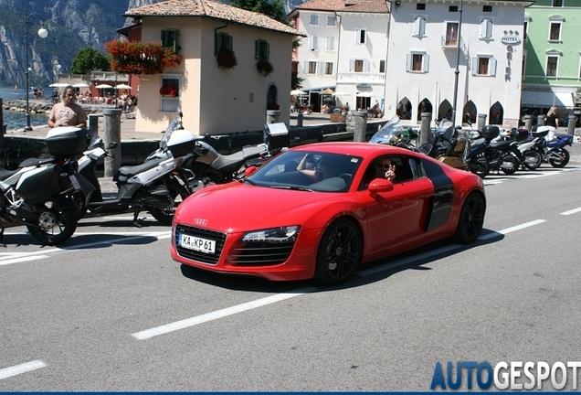 Audi R8