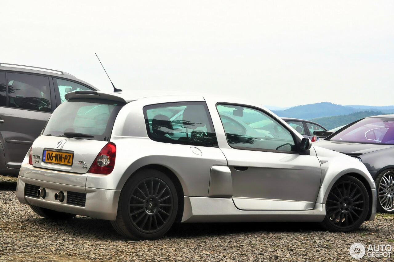 renault clio v6 phase ii 21 october 2011 autogespot. Black Bedroom Furniture Sets. Home Design Ideas
